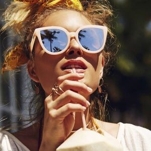 Quay Paradiso Pink/silver sunglasses